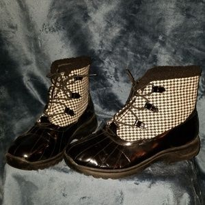 Black and White duck boots